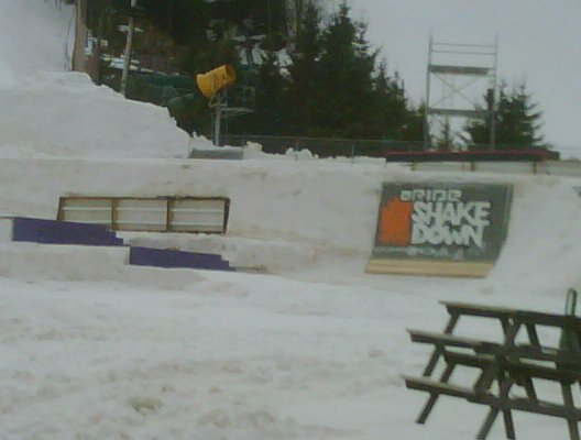The shake down getting set up at St. Sauveur