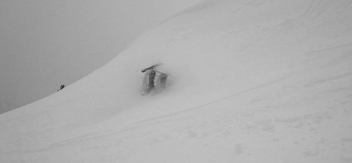 Skis over head = FAIL