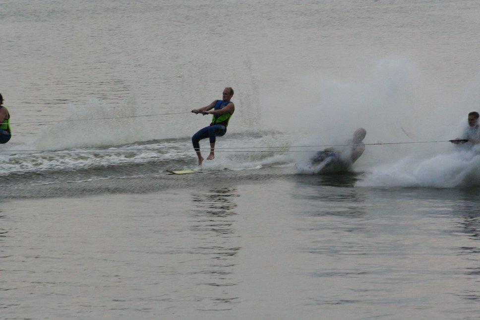 2 Ski Bomb Out