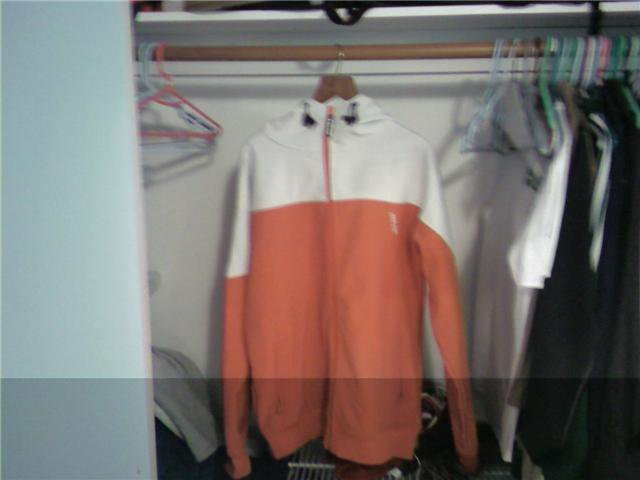 Armada zip hoodie size L
