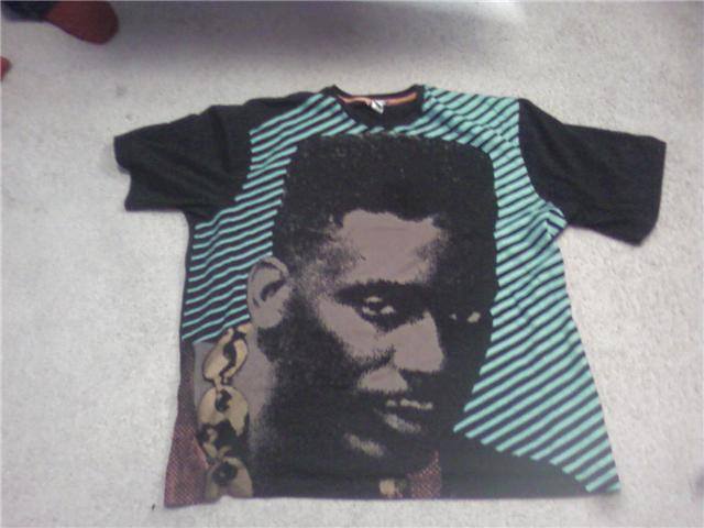 2xl black guy tee