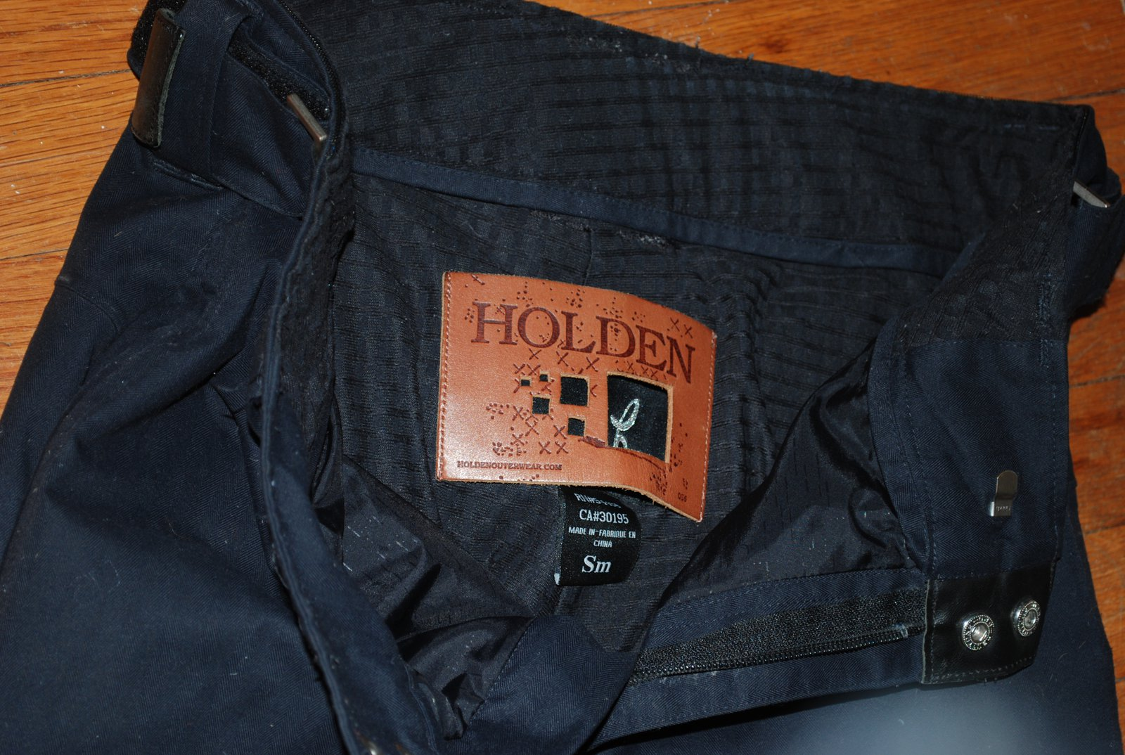 Holdenclassic size small for trade
