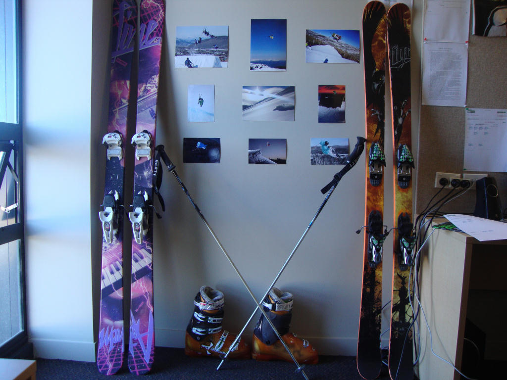 Ski shrine
