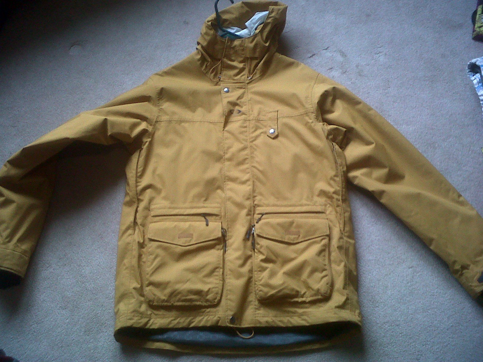 OAKLEY JACKET FOR SALE, CHECK THREAD