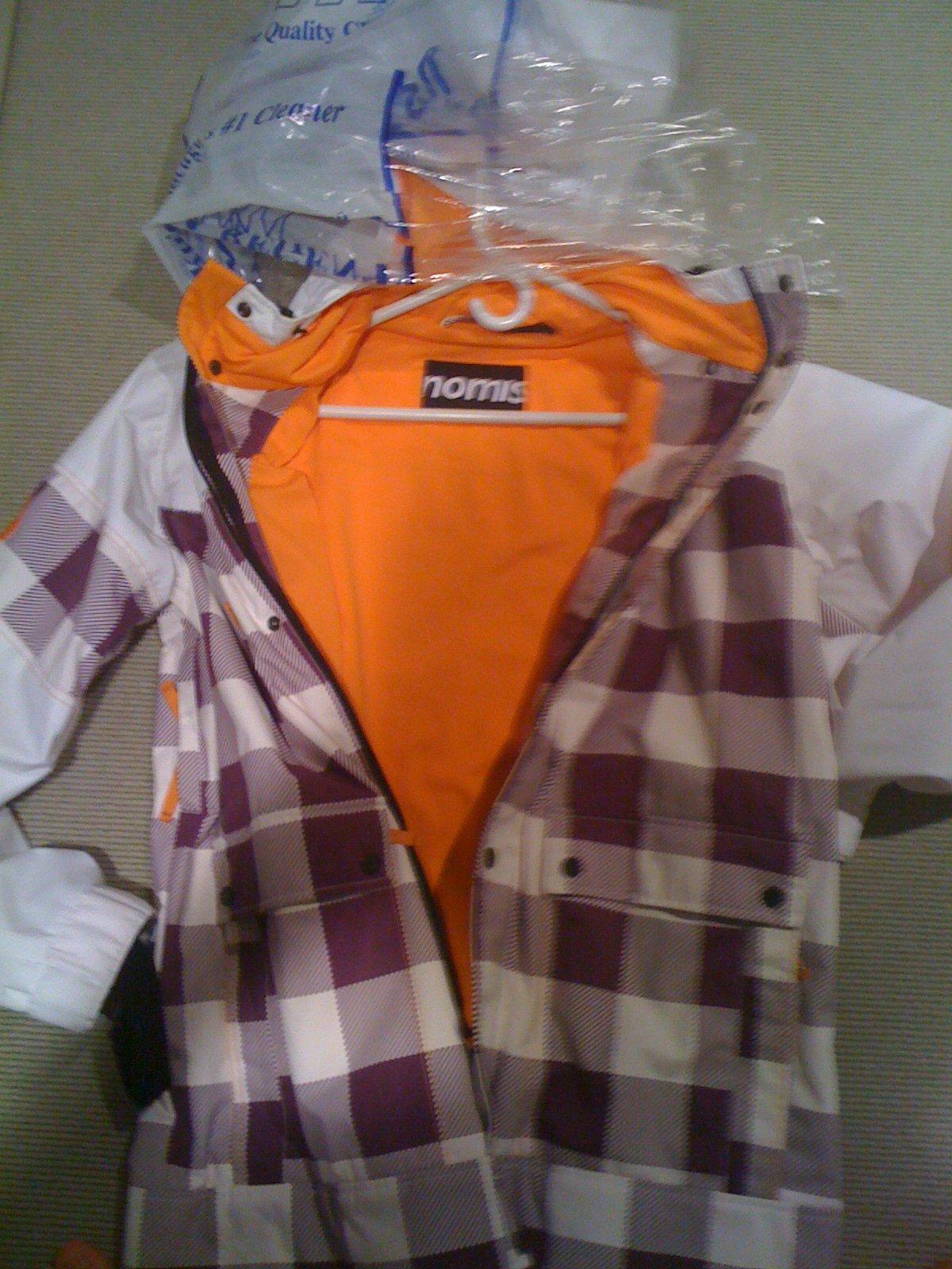 Nomis Suit3