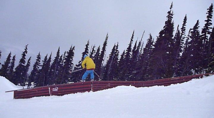 Down-flat-down rail