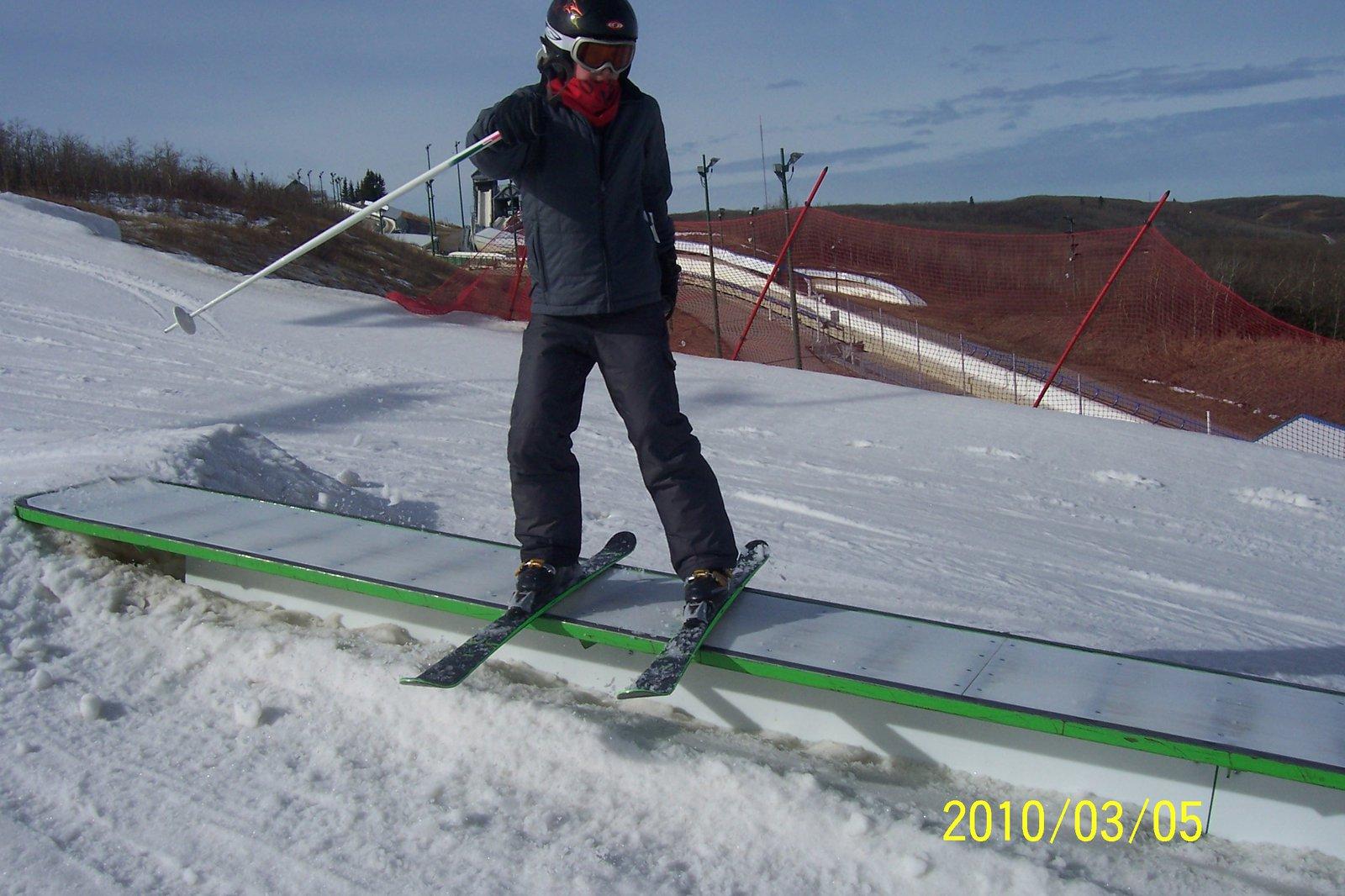 Boardslide... on skis