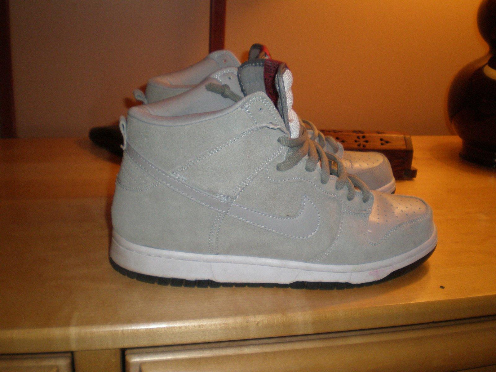 Nikes 2