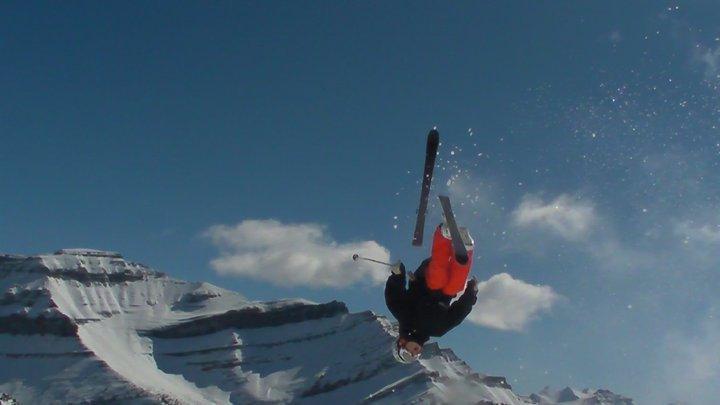 Bflip lost 1 ski