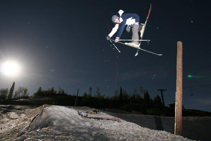 Moonlight jump