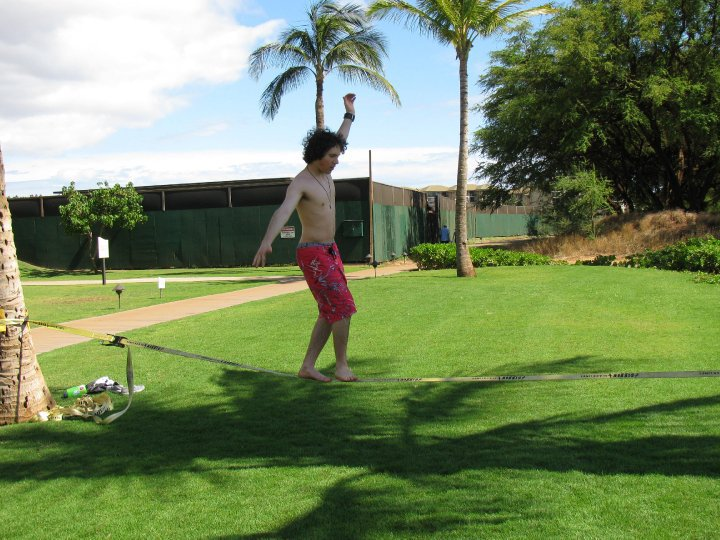 Slacklining in hawaii