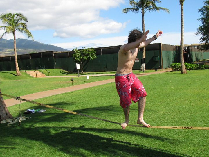 Slacklining in hawaii 2