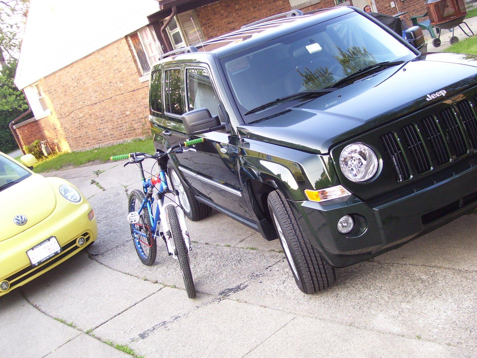V.w. , jeep,and bike