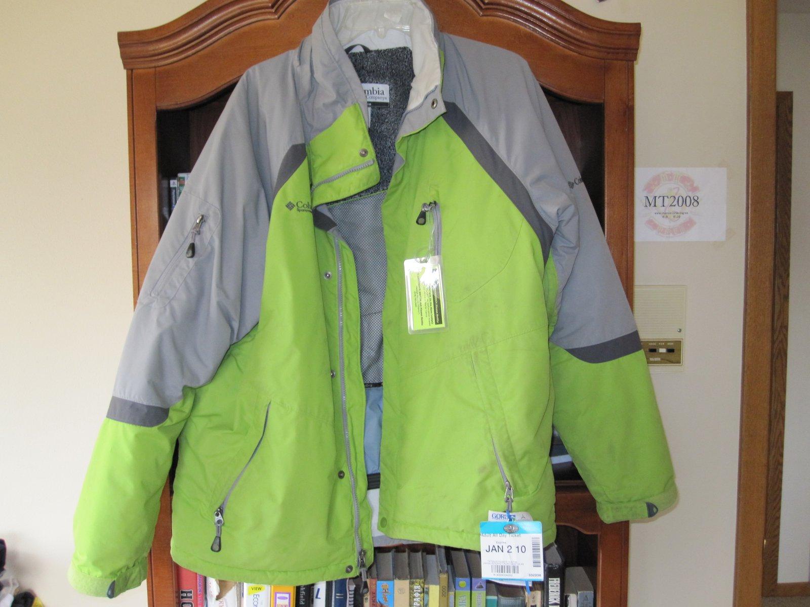 Selling columbia jacket