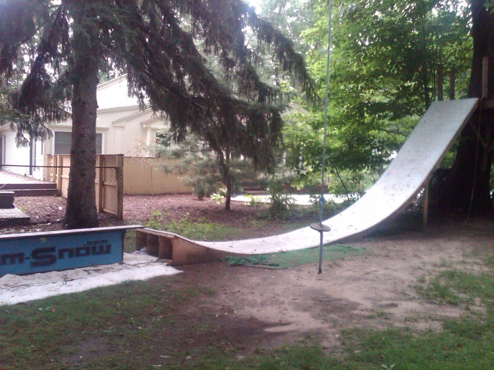 MSnow treeshouse drop in
