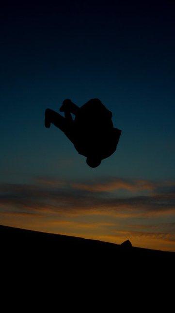 Sunset tramp