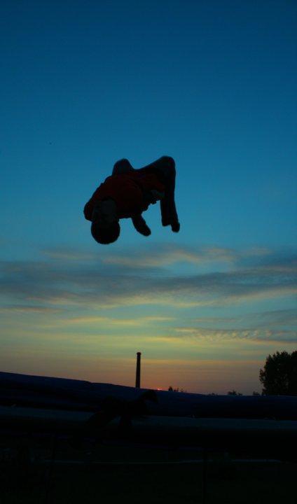 Sunset tramp 2