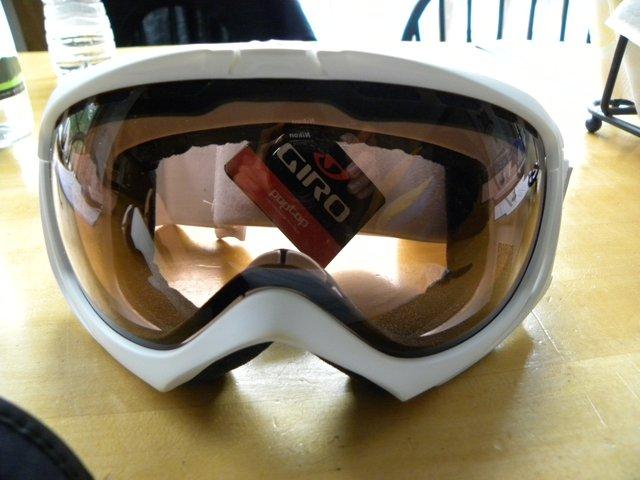 White Giro Manifest goggle