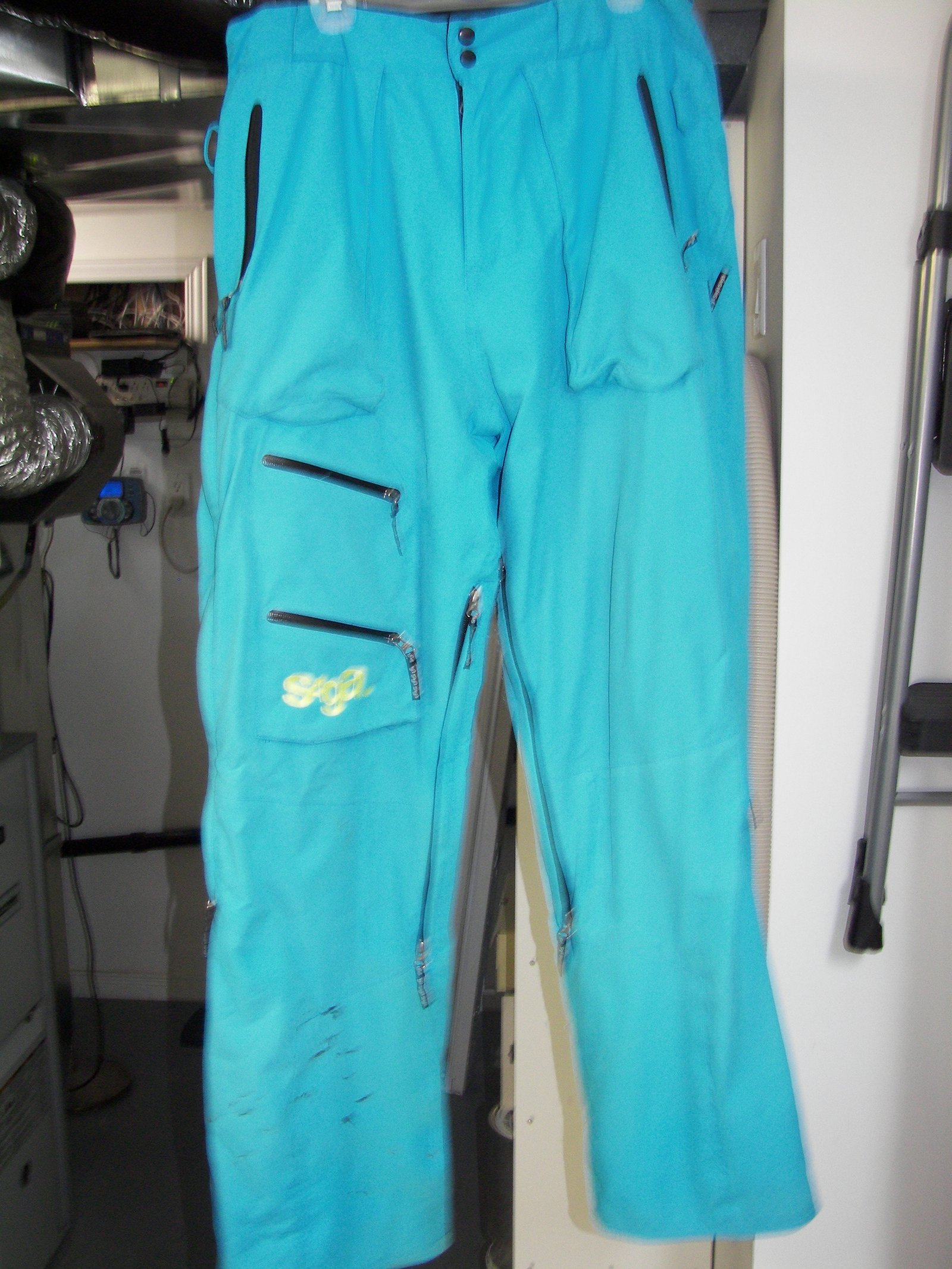 Saga Hybrid Pants size large
