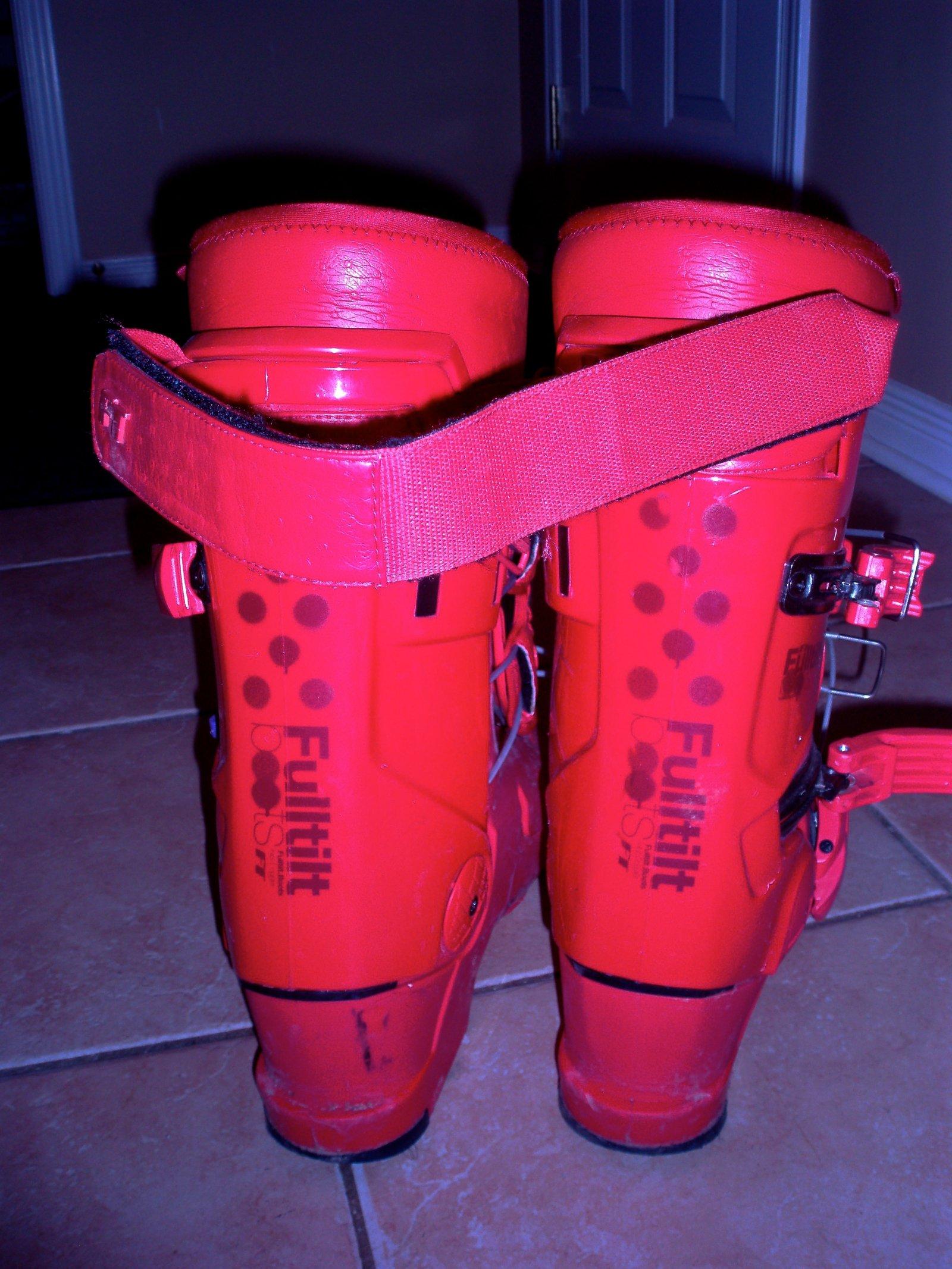 Full tilt boots