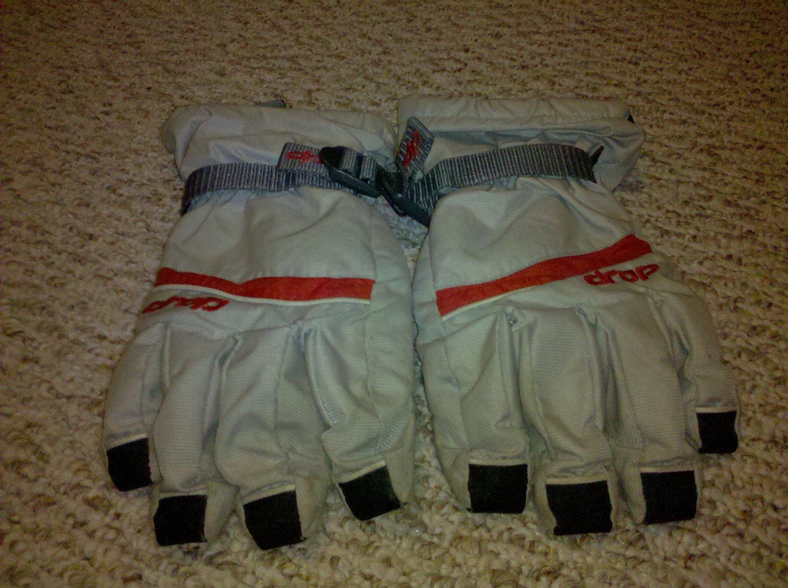 XL Drop gloves