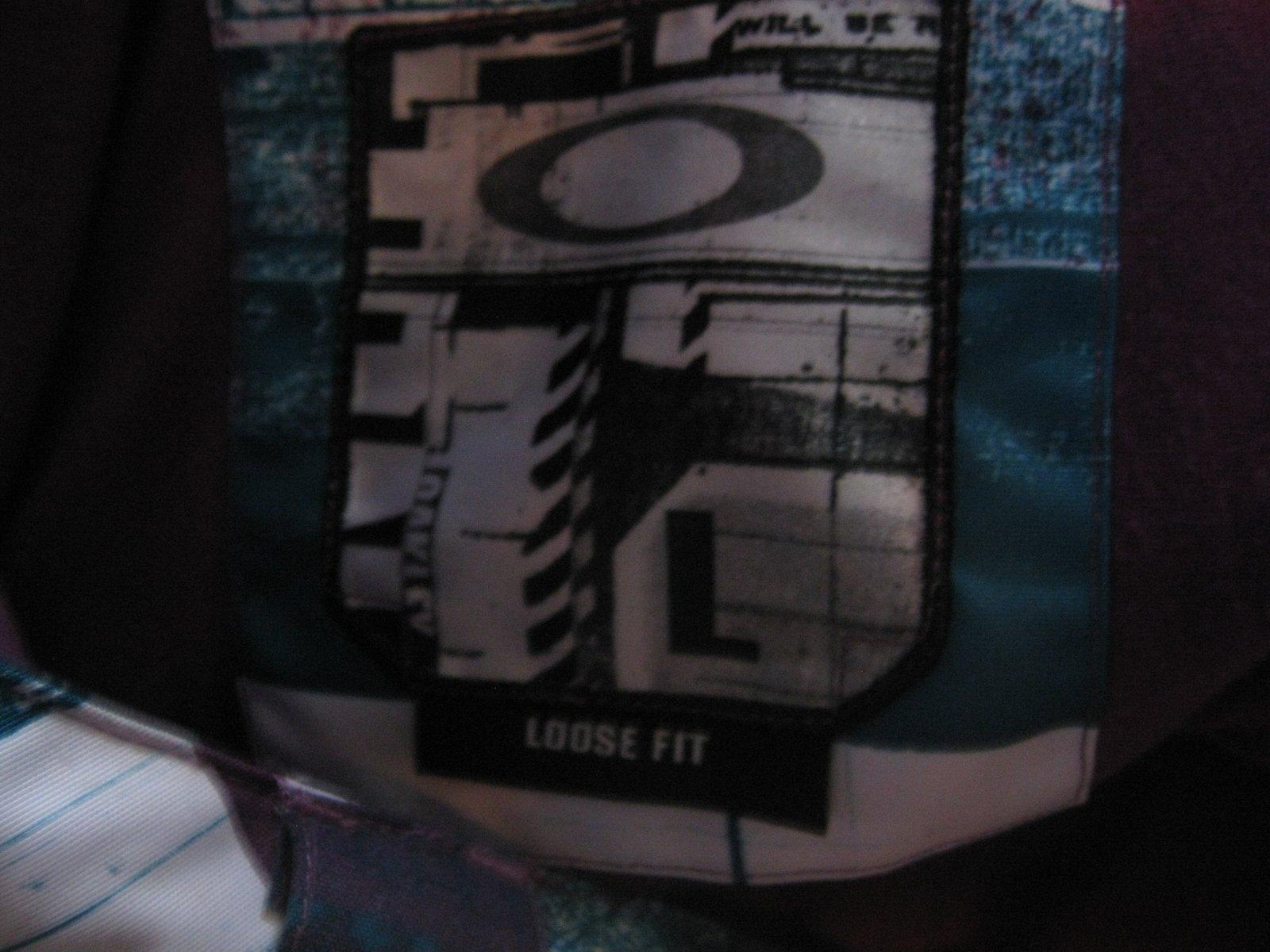 Oakley Pants size L