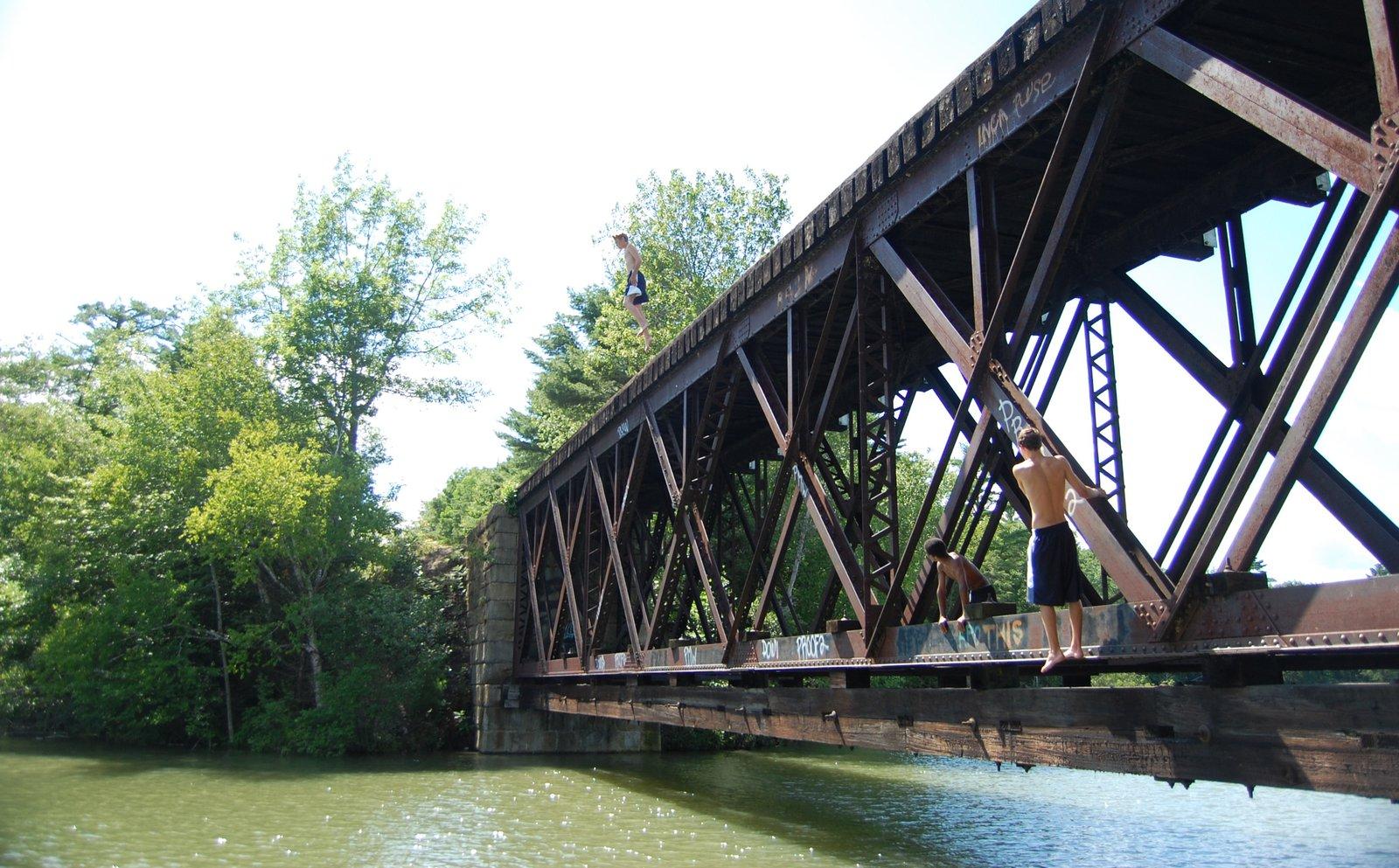 Bridge Jumpin