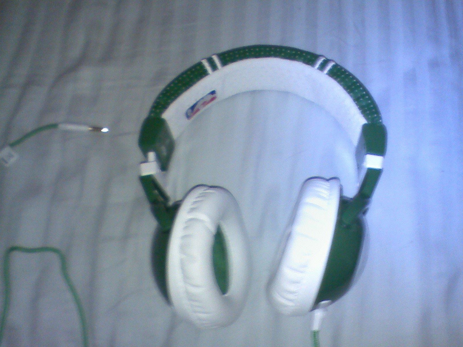 Skullcandy Celtics headphones (Garnett)
