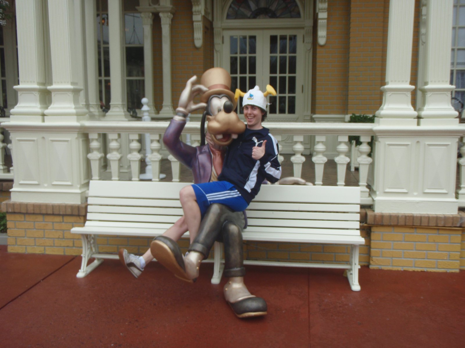 Chillin with Goofy