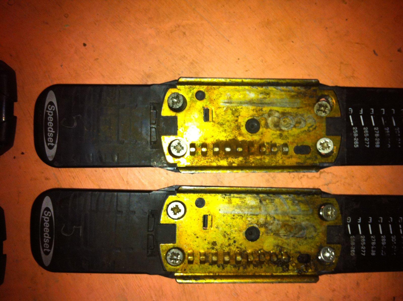 Cheap Bindings - 4 of 5