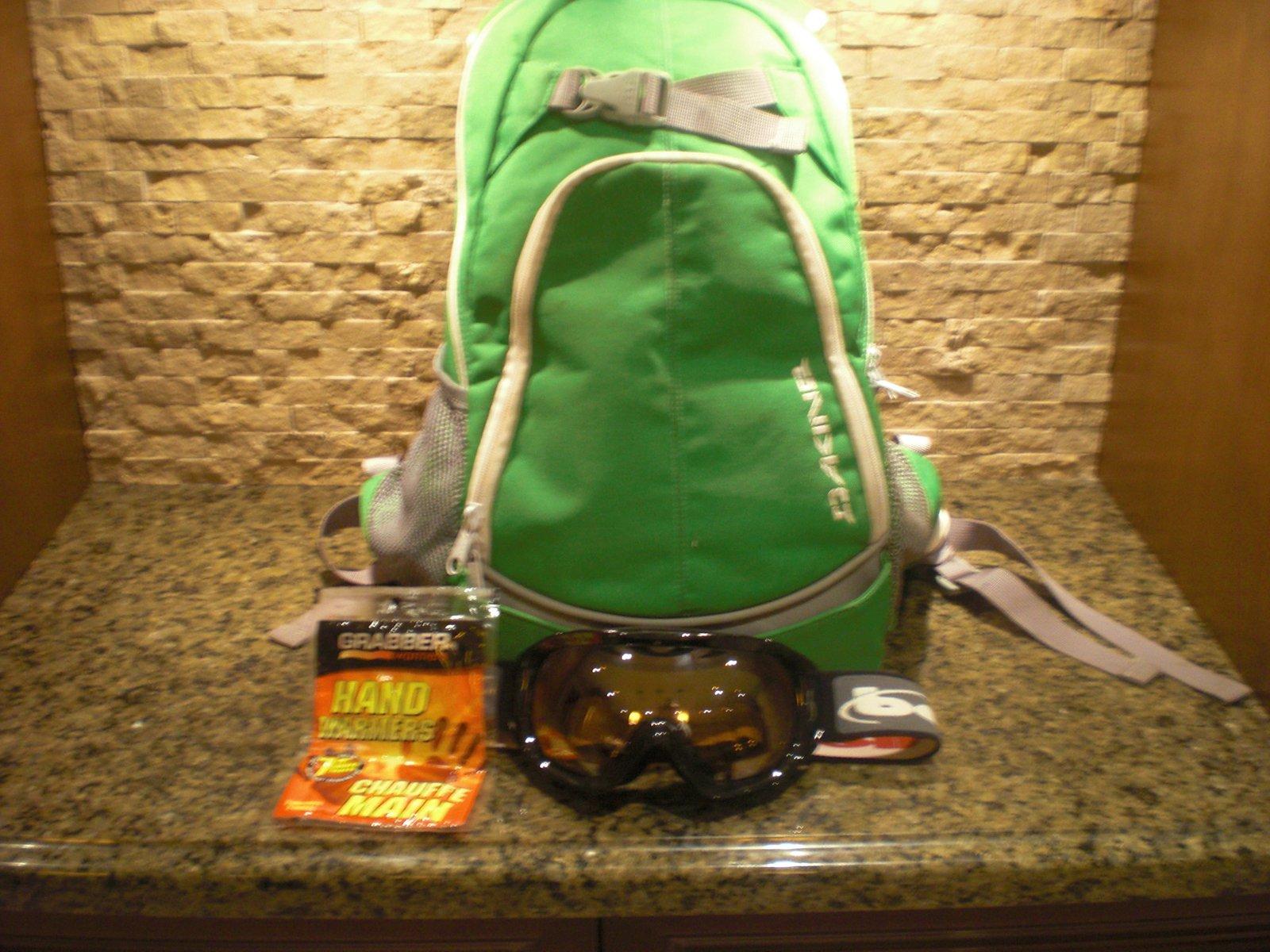 Backpack goggles handwarmers