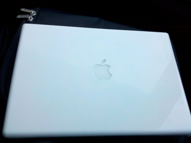 Macbook 2.4 crack