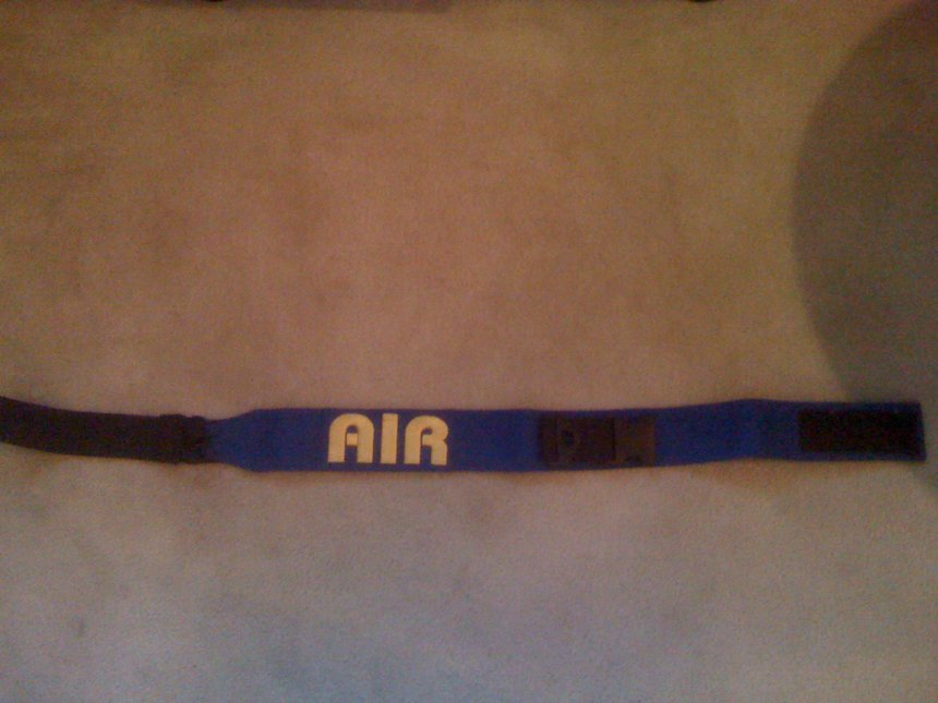 Airblaster leash to leg thing