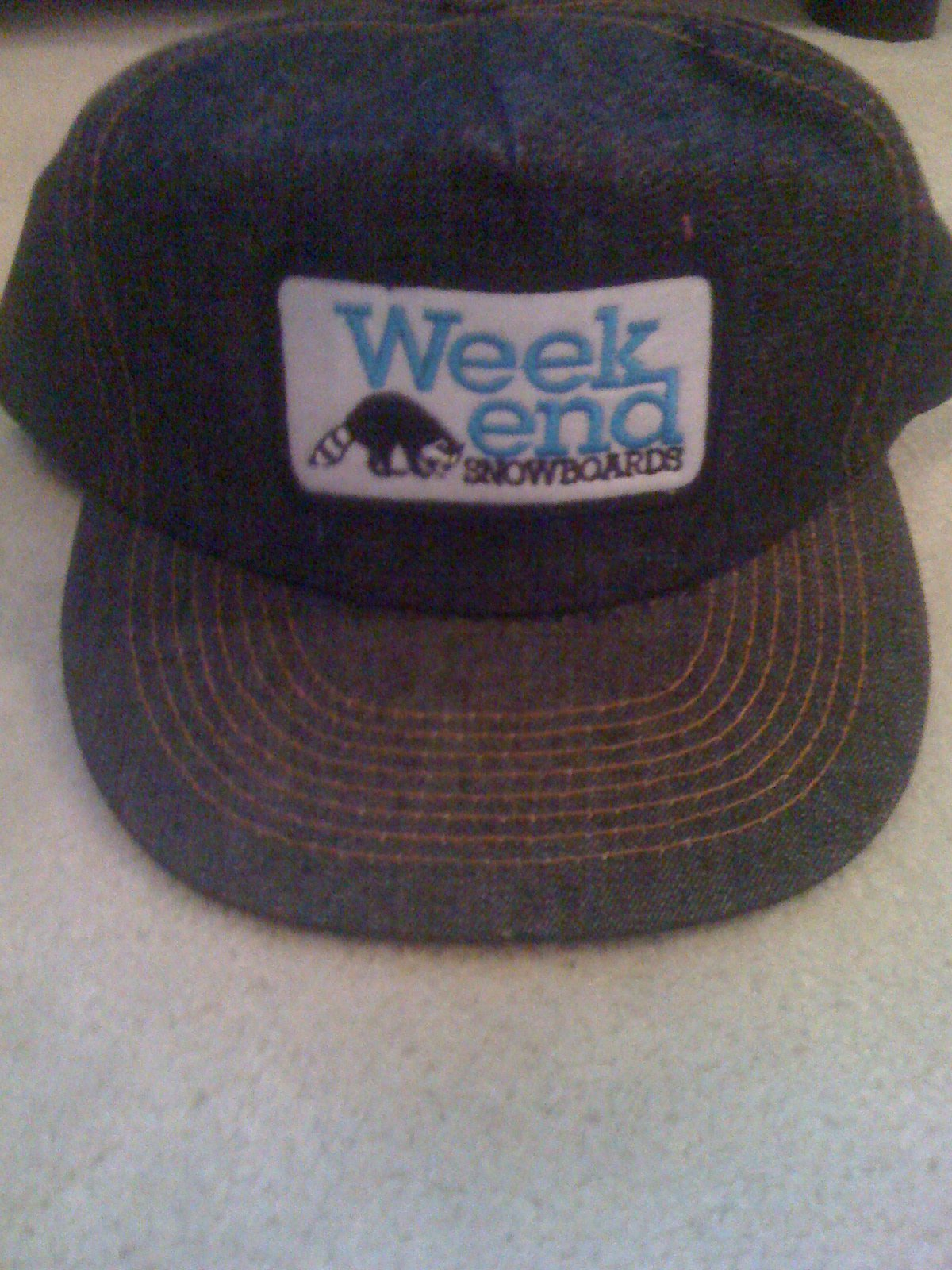 Weekend snowboards hat
