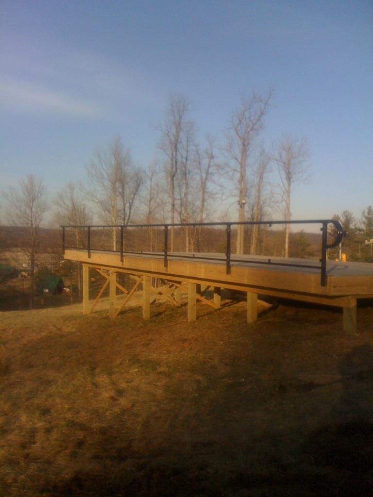 Mad_River_Deck_Rail