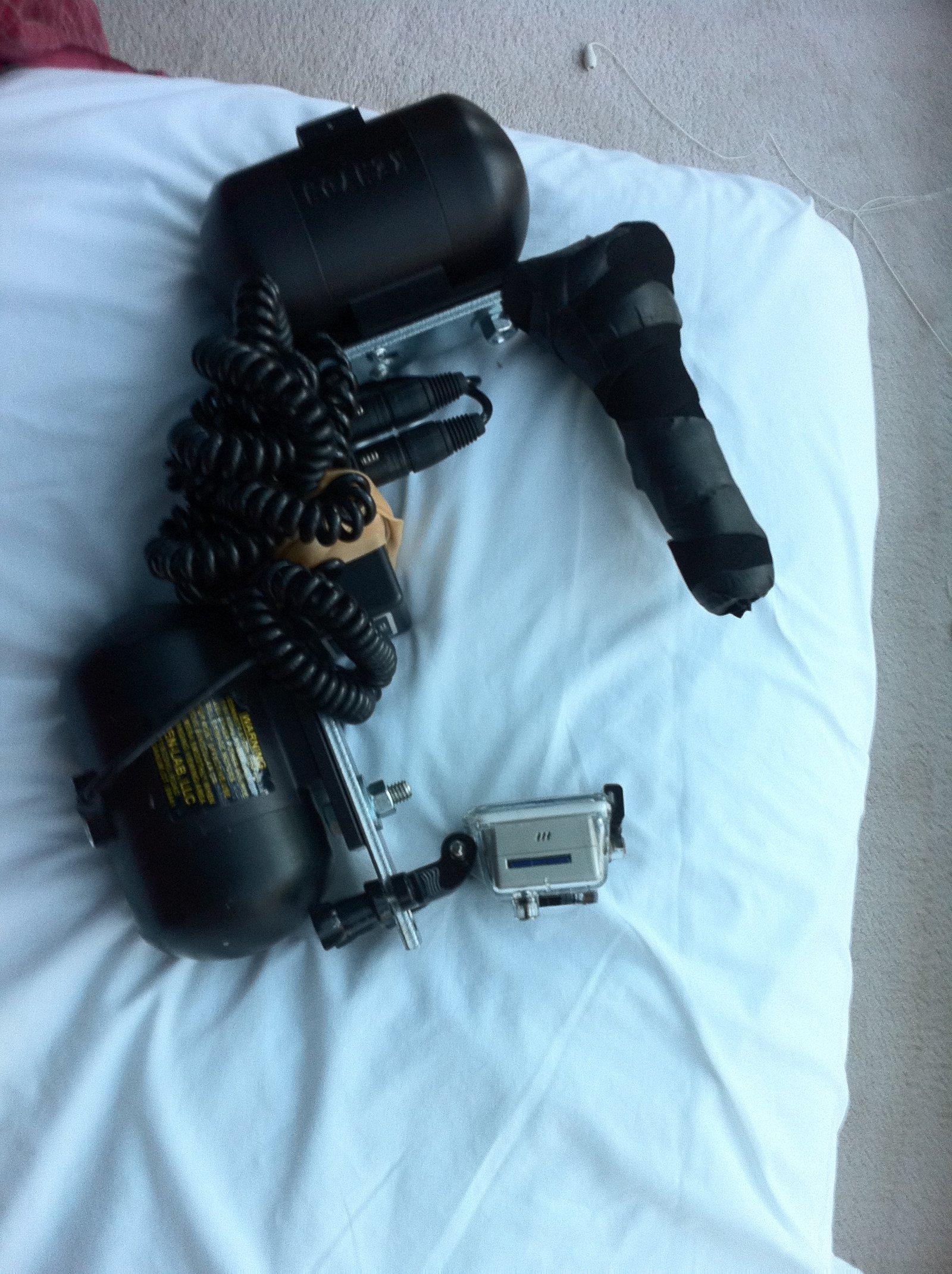 Gorpro, two giros, handle (battery goes in jacket)