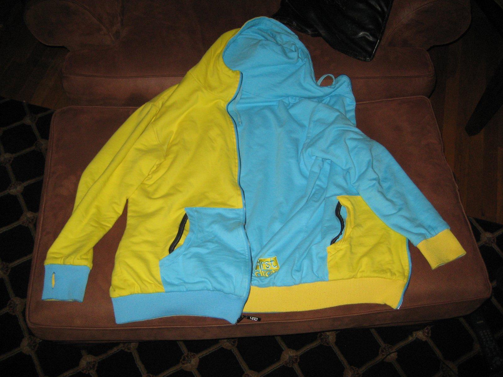 First drop reversible hoodie 2xl