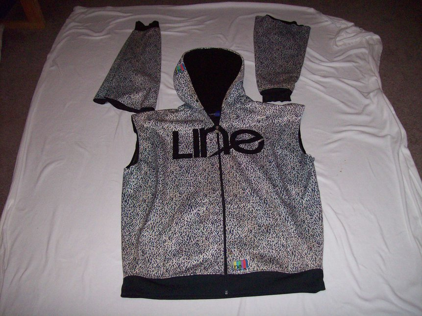 FS Line Vest with sleeves