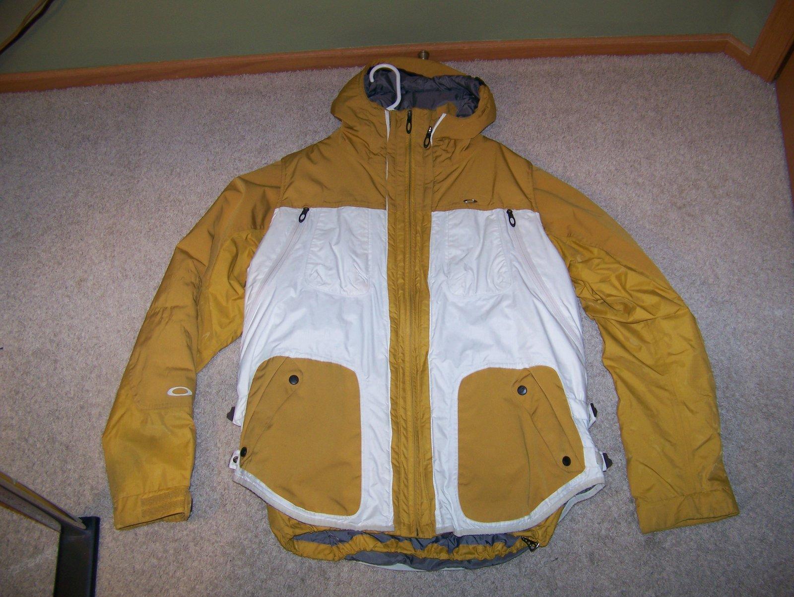 Oakley Jacket with Zip in vest L