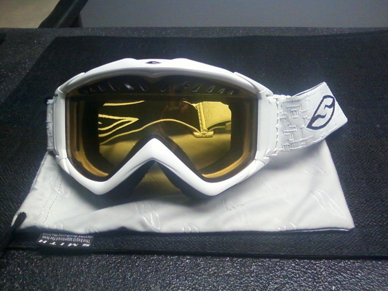 2010 Smith Fuse goggles