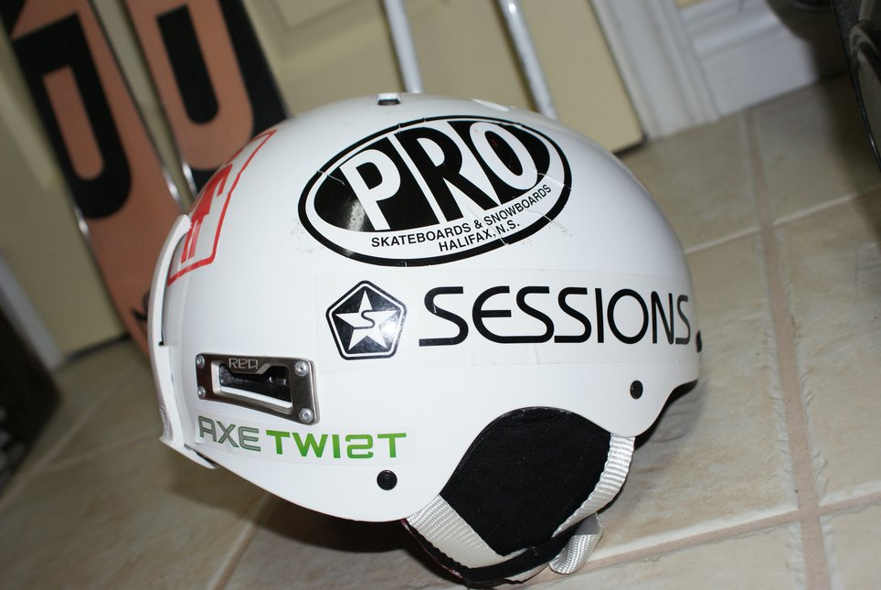 Ski helmet x3
