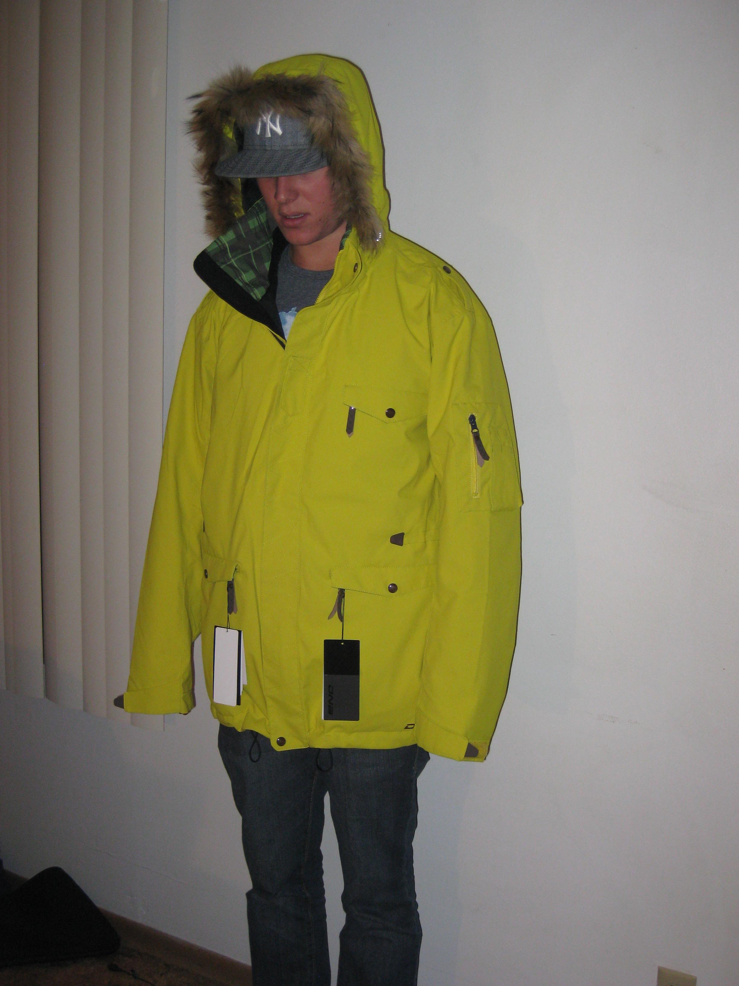 Detachable hood, detachable fur