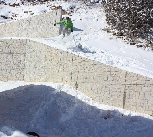 Backyard Wall Huck