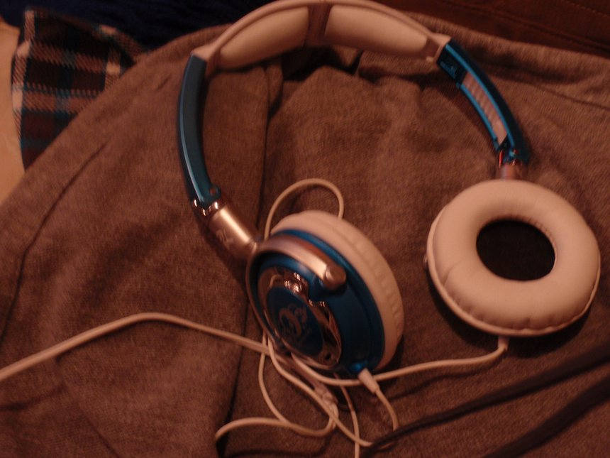SKULLCANDY LOWRIDERS FOR SALE