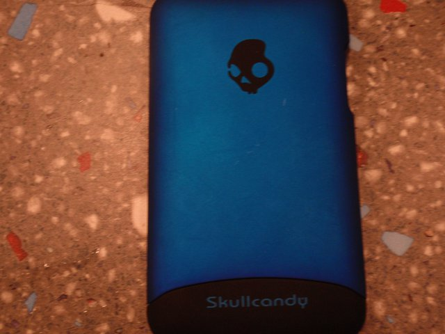 SKULLCANDY TOUCH CASE NICE! FOR SALE