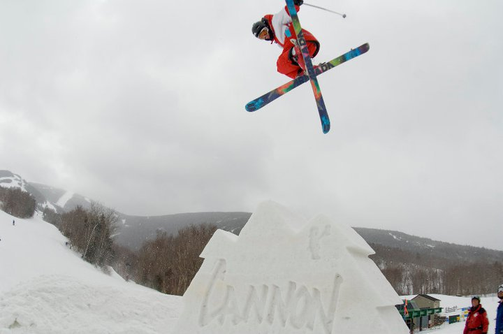 Snow sculpture gap