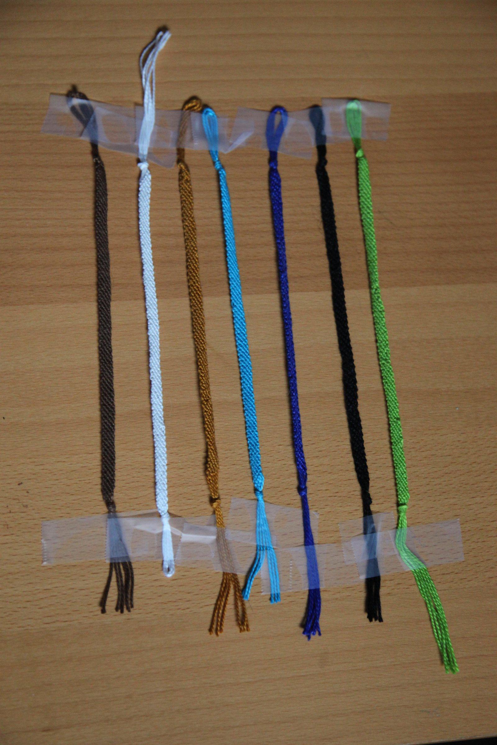 1 tone Bracelets