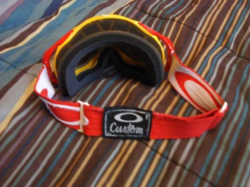 Oakley - 2 of 4