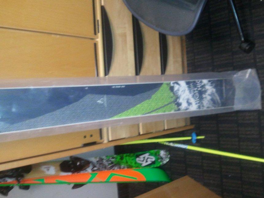 HS FRW ski