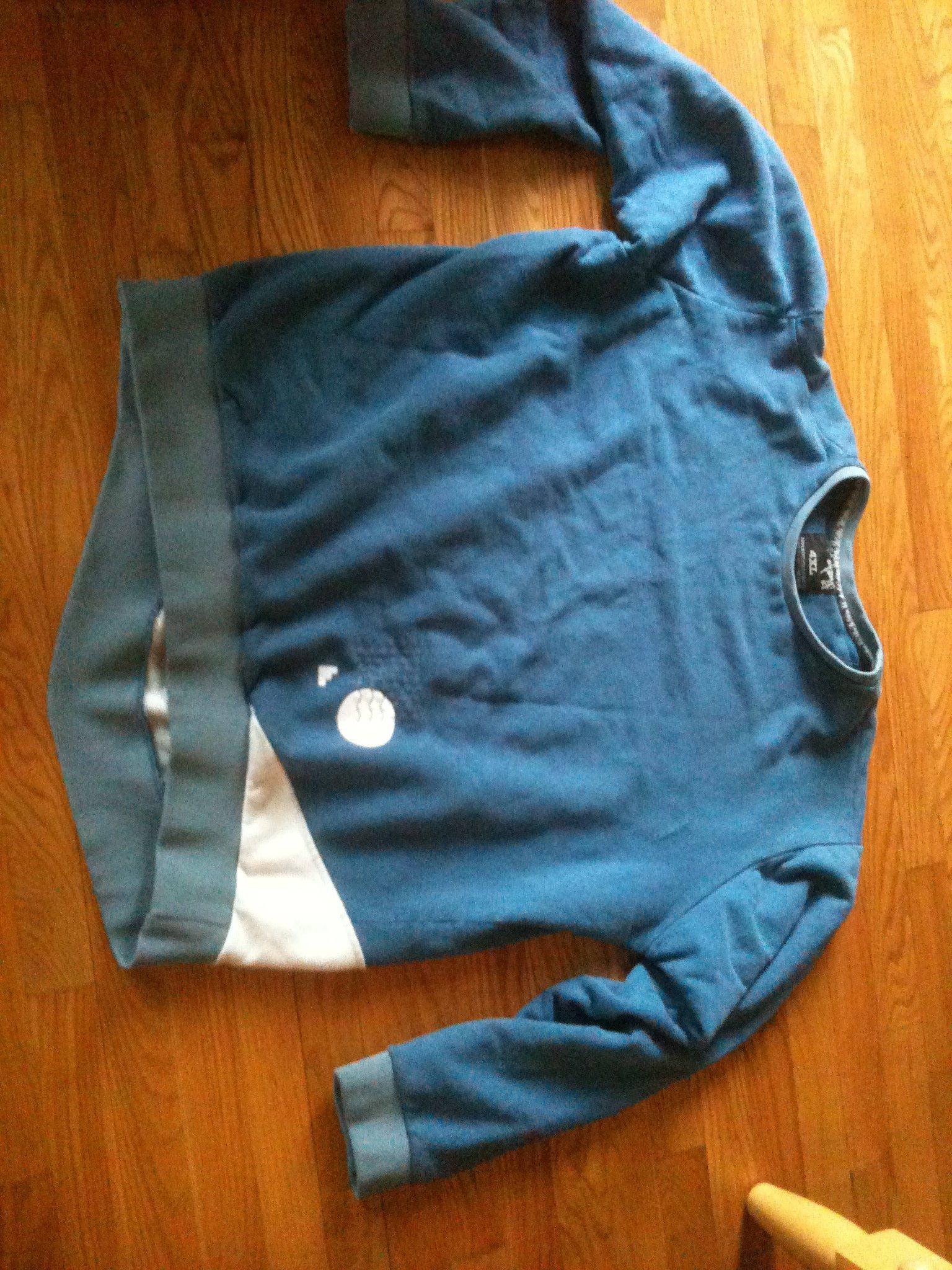 4xl 88 back blue (front)